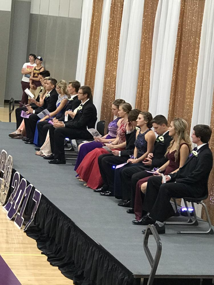 Homecoming king and queen canidates