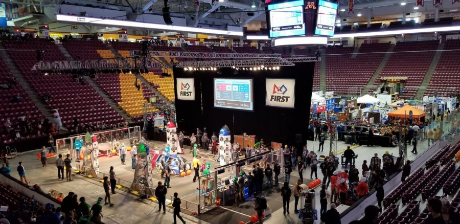 The Blue Alliance wins the match in the FRC competition at Mariucci Arena.