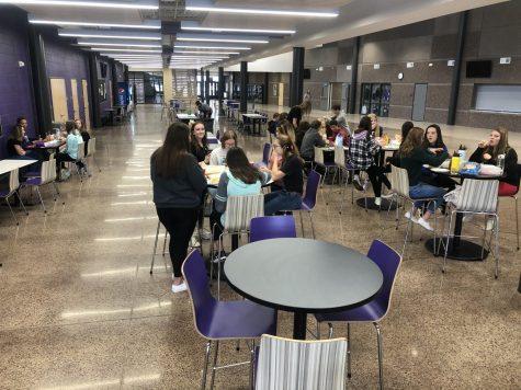 Spanish 1 students celebrate Dia De Los Muertos