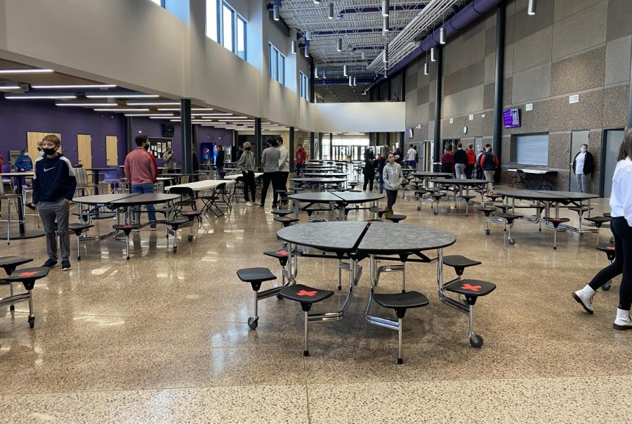 "With winter temperatures arriving in Minnesota, outdoor mask breaks are a thing of the past at New Ulm High school. The school has turned to social distancing in the cafeteria for a new type of mask break. When asked about the new mask breaks, student Evan Griebel said, ""The mask breaks in the commons are dangerous because not all kids spread out."""