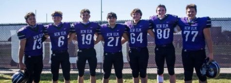 2021 senior football players