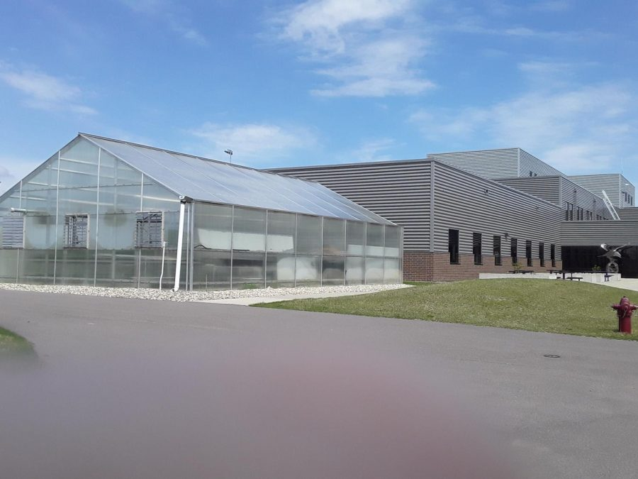 New Ulm High Schools large rooftop space and location makes it the ideal place to invest in solar power infrastructure.